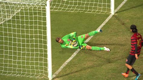 Ante Covic save video: Lucky escape for Wanderers after FC
