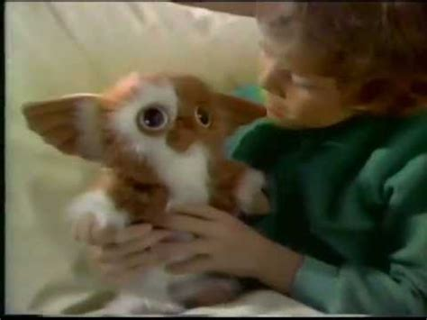 1984 Gizmo (the Mogwai from Gremlins) plush toy commercial