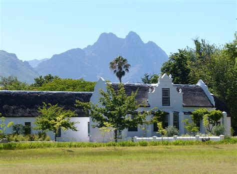 The Best Way to Explore Stellenbosch's History - on Foot