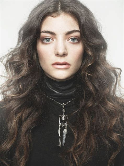 Concert Review: Lorde at Chaifetz Arena | Review St